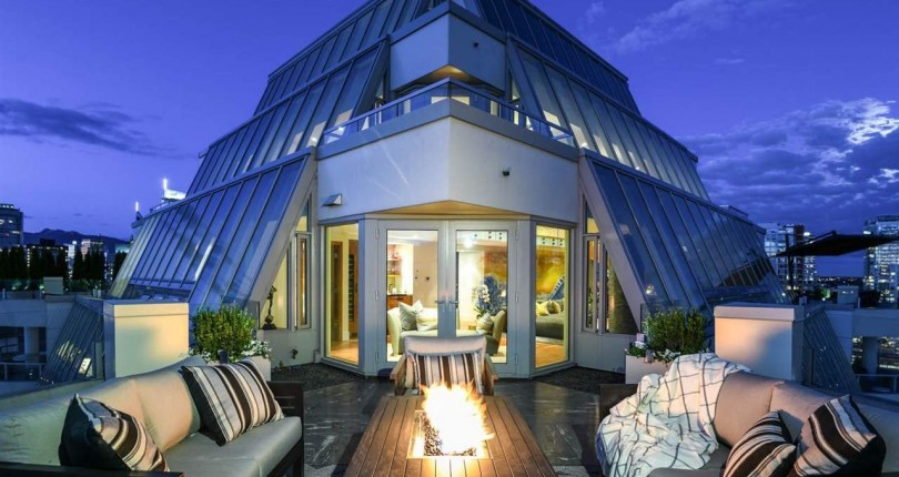 OVERPRICED OR UNDERPRICED: THIS $10M VANCOUVER WEST-END PENTHOUSE